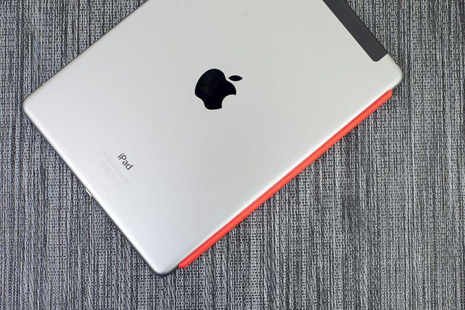 iPad Air 24 часа автономной работы в режиме LTE hotspot