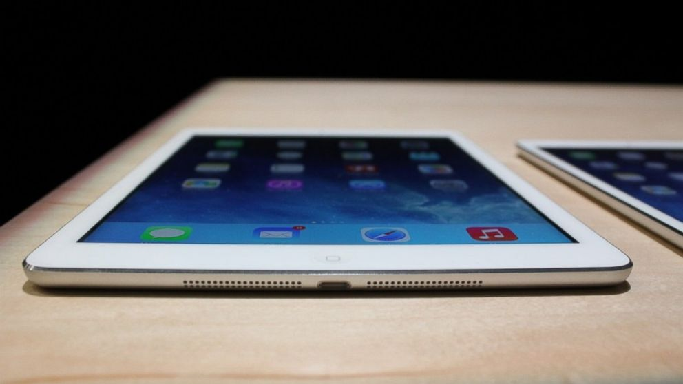 iPad Air с большим отрывом опережает iPad 4