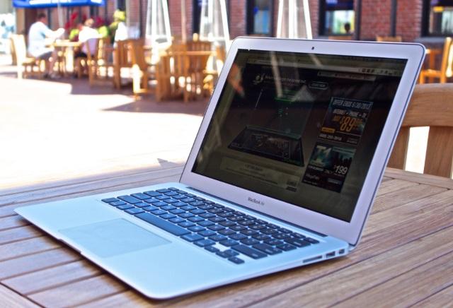 Характеристики новых MacBook Air попали вСеть