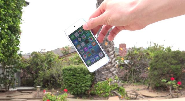 iPod touch 6Gпрошел первый краш-тест