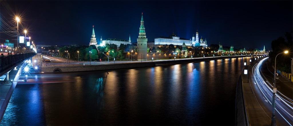 В Москву на ПМЖ вместе с iPhone