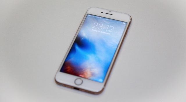 Продажи iPhone 6sиiPhone 6sPlus вРоссии начнутся 9октября