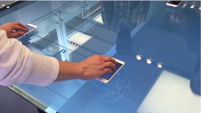 В Apple Store появились интерактивные столы с поддержкой 3D Touch
