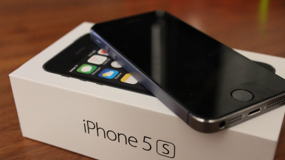 Владельцы iPhone 5иiPhone 5sбудут судиться сApple