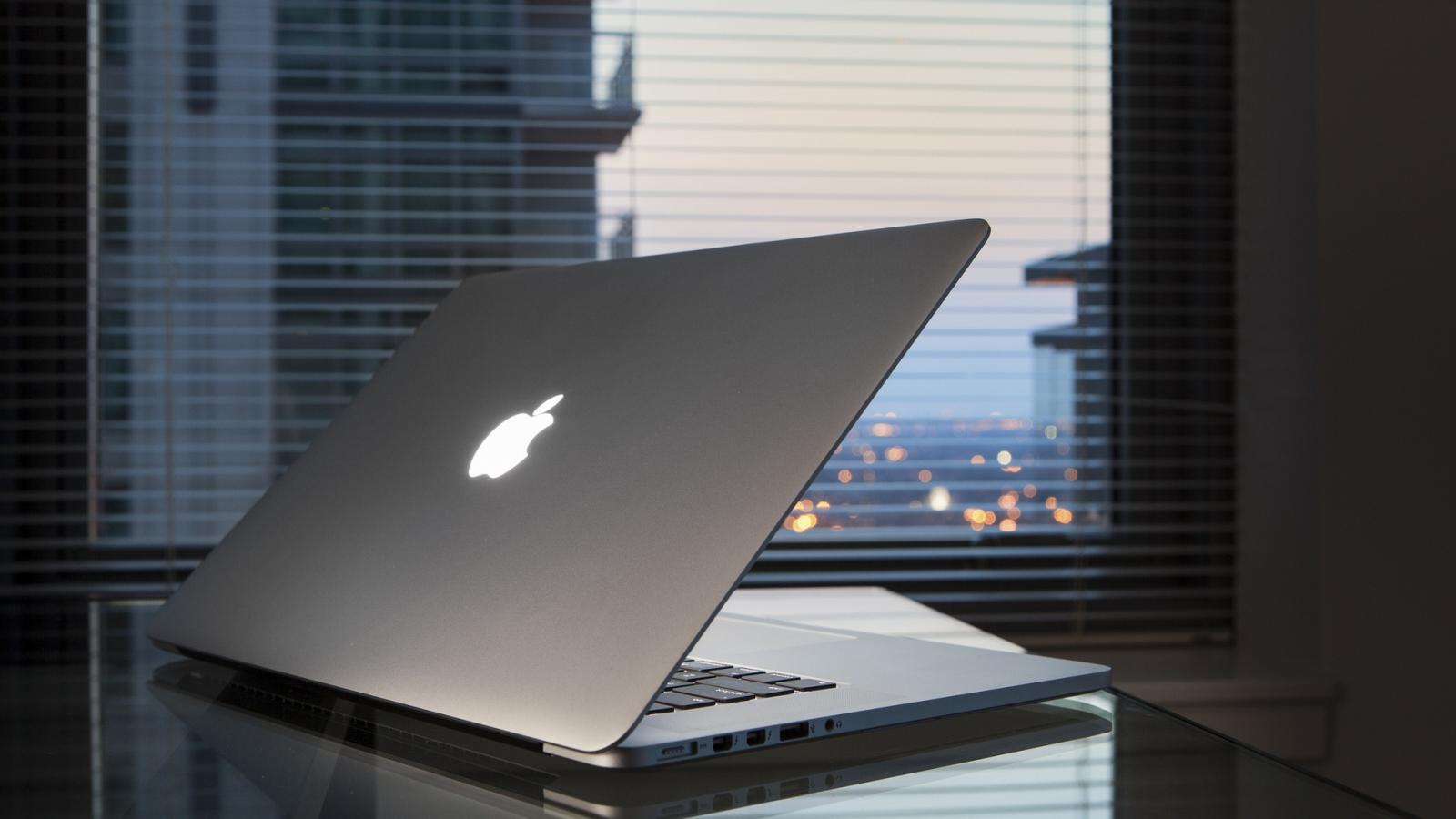 Apple ожидает большой спрос на Mac в 2016 году