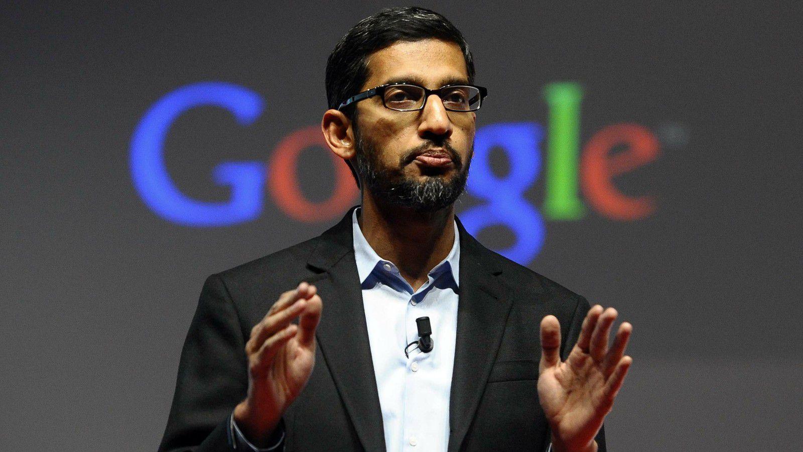 CEO Google поддержал Тима Кука в борьбе против ФБР