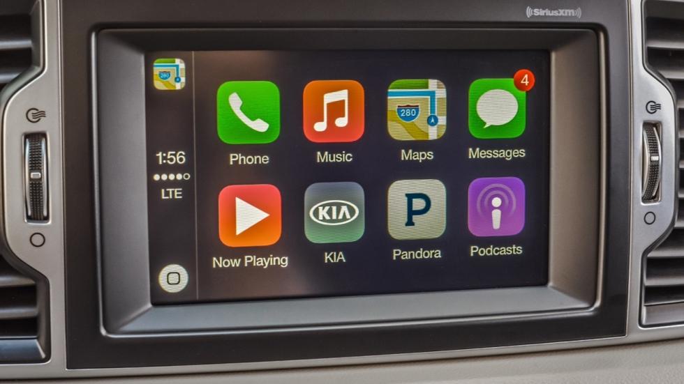 KIA назвала автомобили 2017 года с поддержкой CarPlay