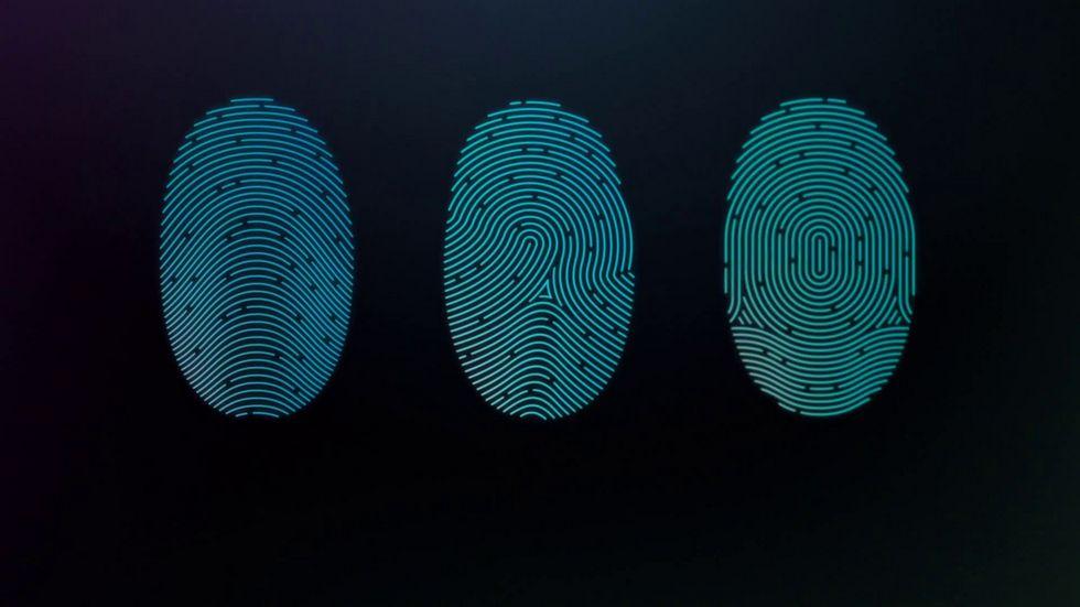 Первый смартфон сосканером отпечатков пальцев вдисплее выйдет совсем скоро