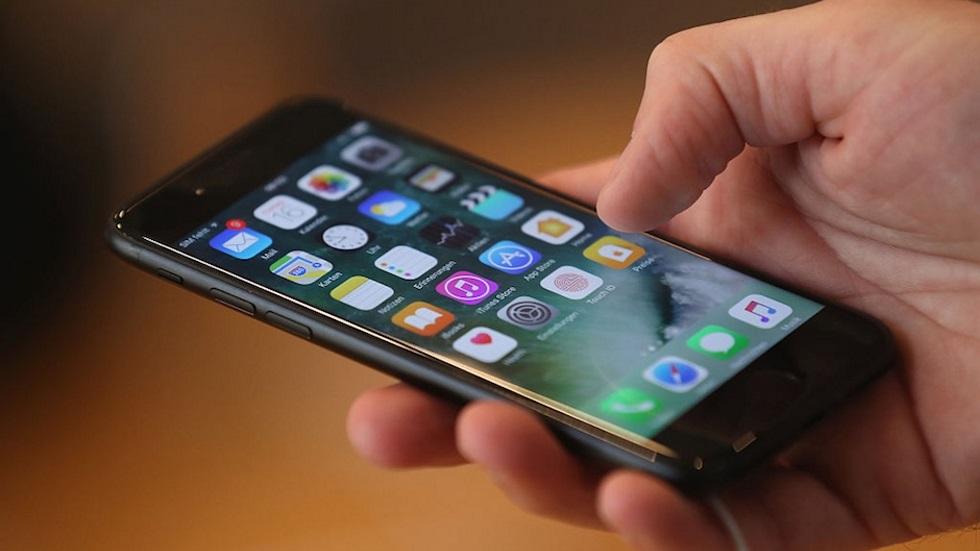 iOS 10.0.1 против iOS 10.0.2— кто быстрее