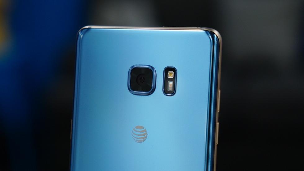 Samsung продолжает подвергать своих клиентов огромному риску