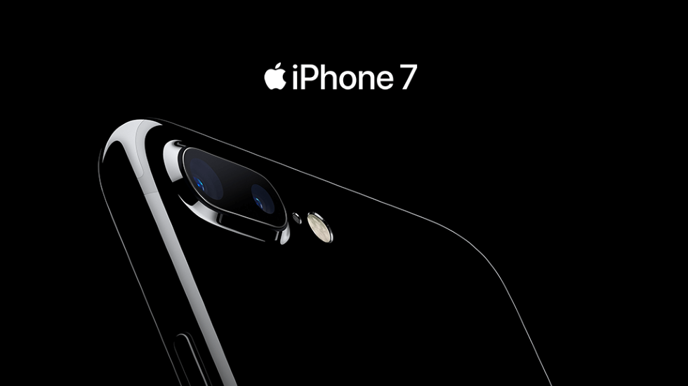 Продажи iPhone 7 и Apple Watch Series 2 в России начались