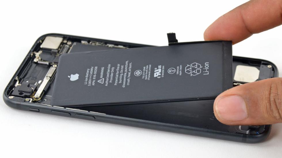 Как поменять аккумулятор наiPhone 7иiPhone 7Plus