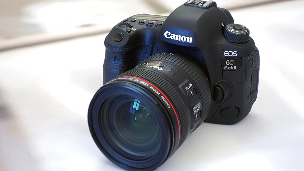 Canon представила новую полнокадровую цифровую зеркальную камеру EOS 6DMark II