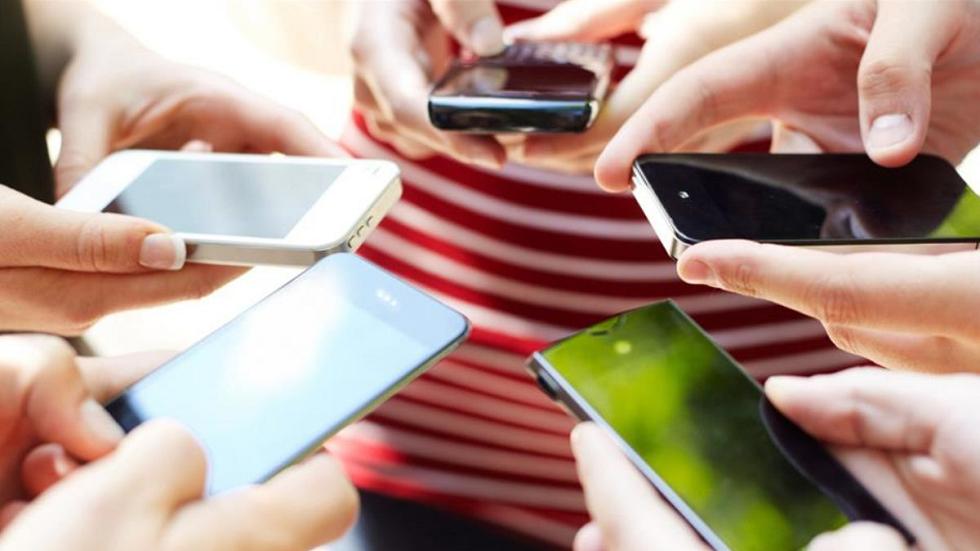 ФАС потребовала уоператоров сделать звонки вроуминге доступными навсех тарифах