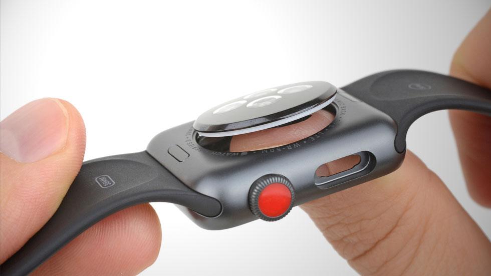 iFixit разобрали Apple Watch Series 3