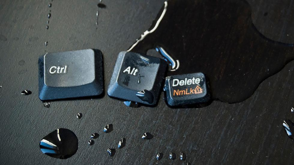 Билл Гейтс пояснил, откуда взялась сложная комбинация клавиш Ctrl+Alt+Del на компьютерах Windows