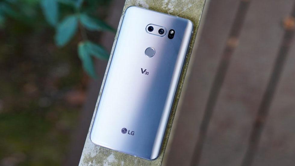 LG назвала официальную стоимость смартфона LG V30