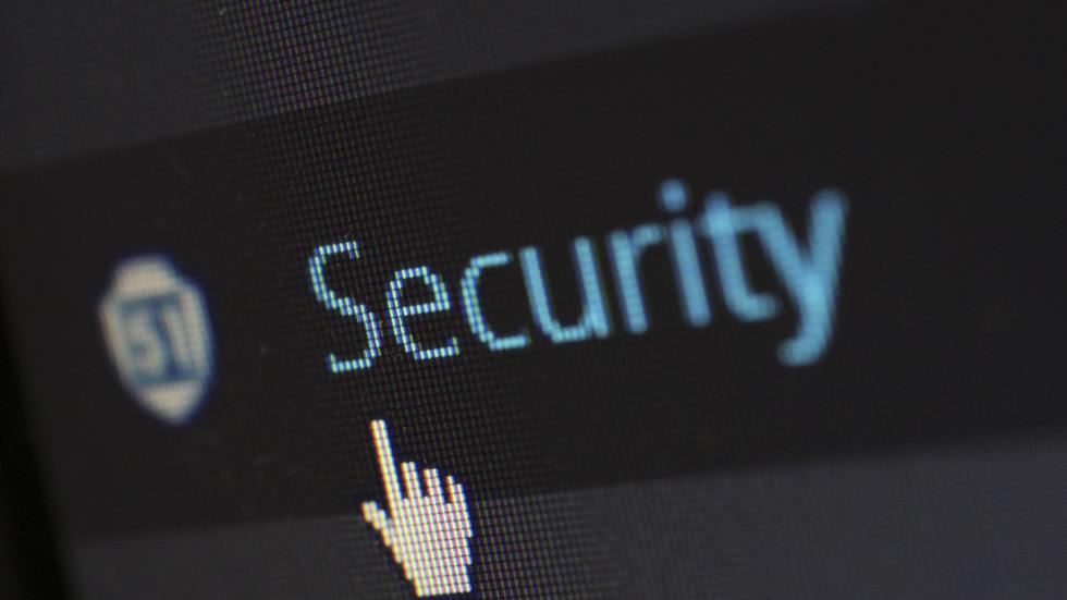 Как обезопасить данные на iPhone: 5 советов для параноиков