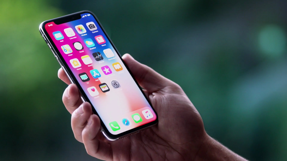 Производство iPhone X начнут только в середине октября