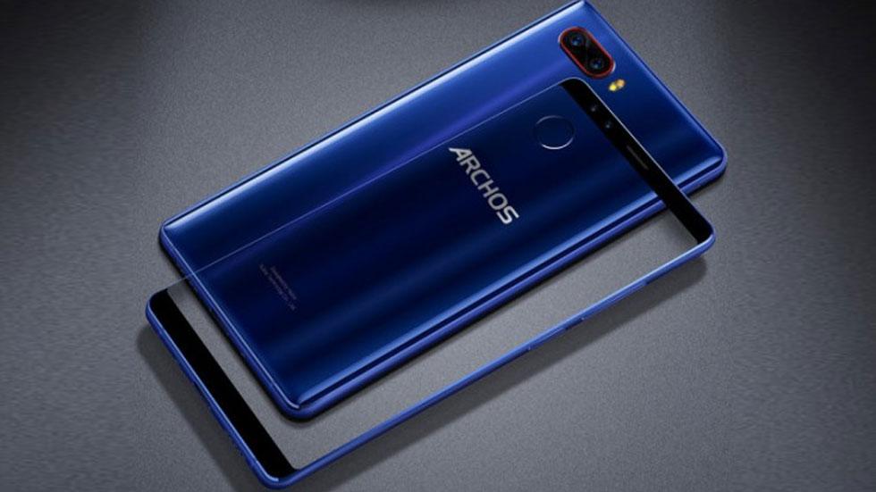 Archos анонсировала «безрамочный» смартфон с четырьмя камерами