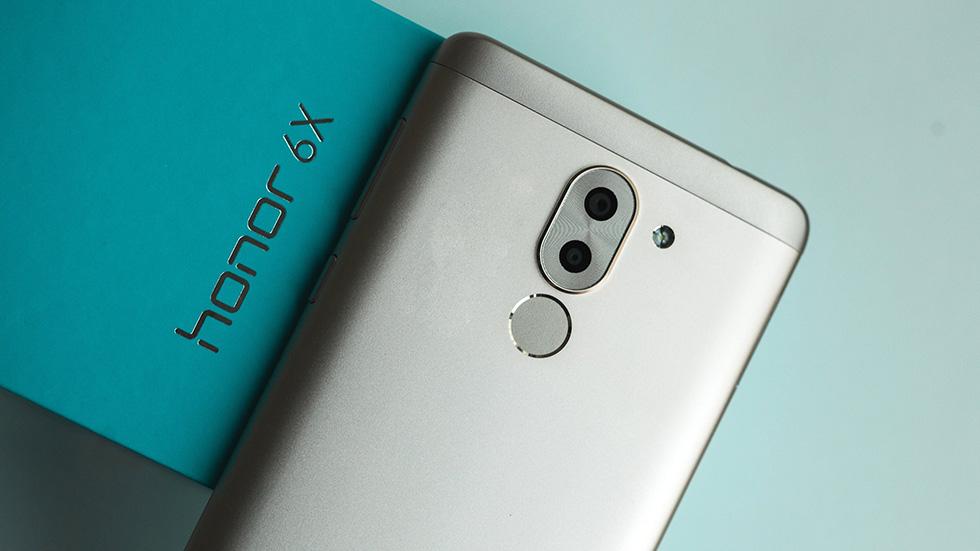 Один излучших смартфонов Huawei подешевел на30% вРоссии