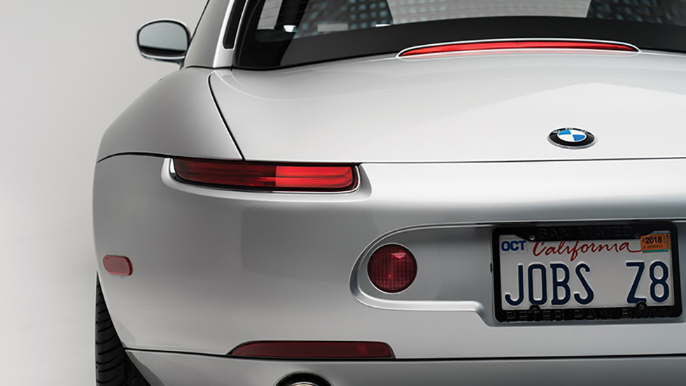 Роскошный BMW Z8Стива Джобса продадут саукциона