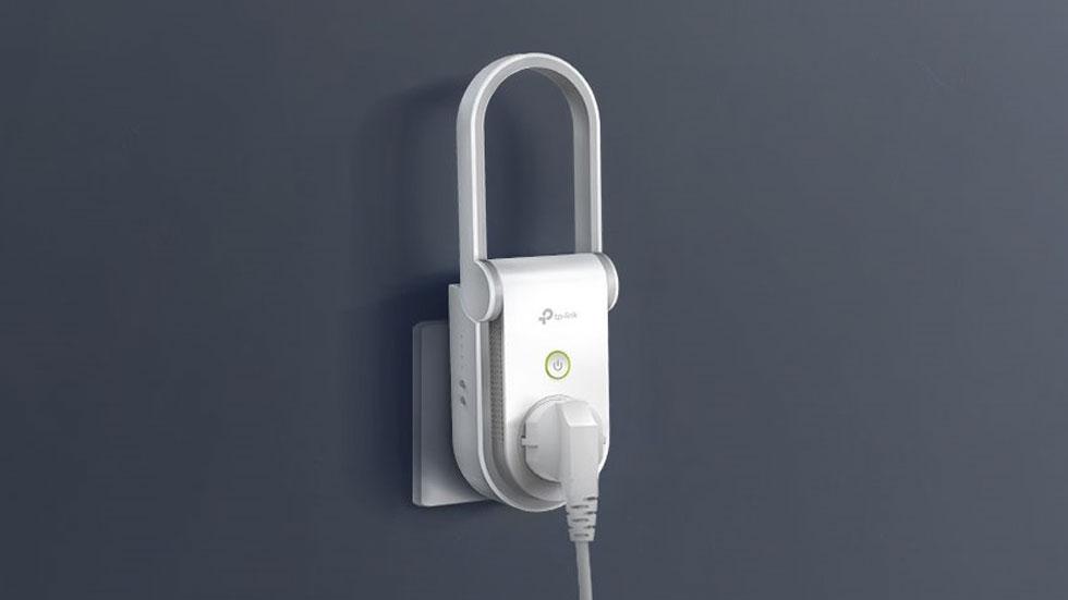 TP-Link представила «умную» розетку с Wi-Fi усилителем
