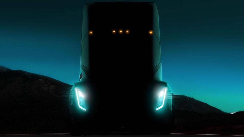 Tesla переносит презентацию грузовика Semi на 16 ноября