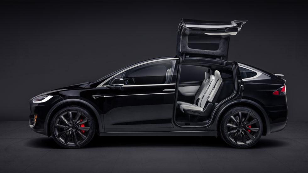Tesla отзывает 11 тысяч Model X из-за критических проблем с сидениями