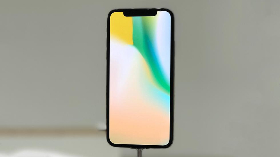 Завышенали цена iPhone X?