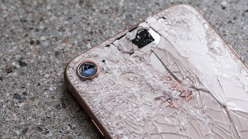 iPhone будущего будет очень сложно разбить