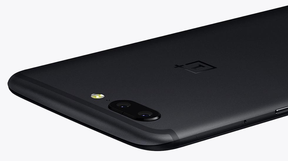 Инсайдеры рассказали о выходе OnePlus 5T и показали рендеры смартфона