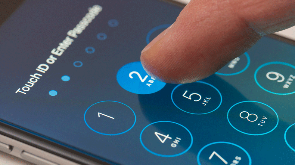 Apple предложила ФБР разблокировать iPhone стрелка из Техаса