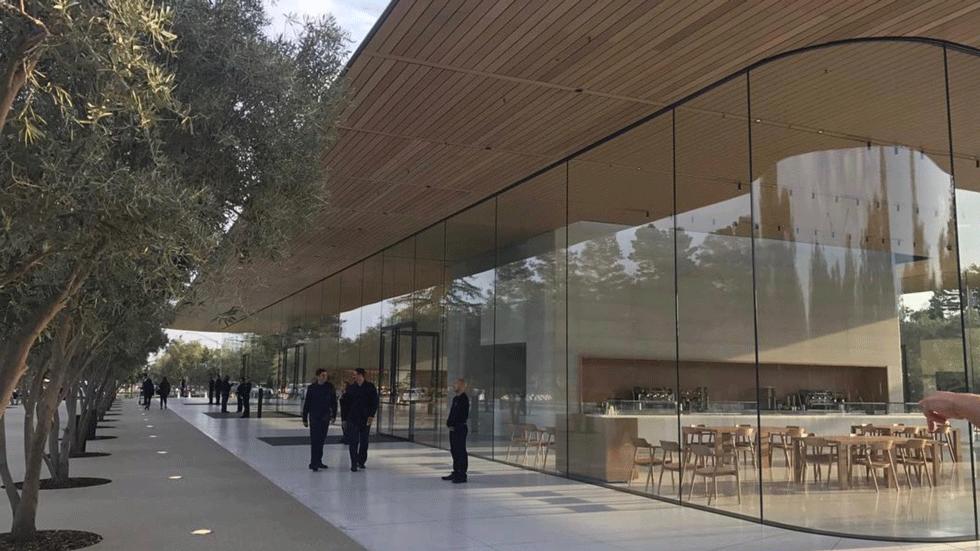 Apple построит новый кампус и возьмет на работу еще 20 тыс. сотрудников