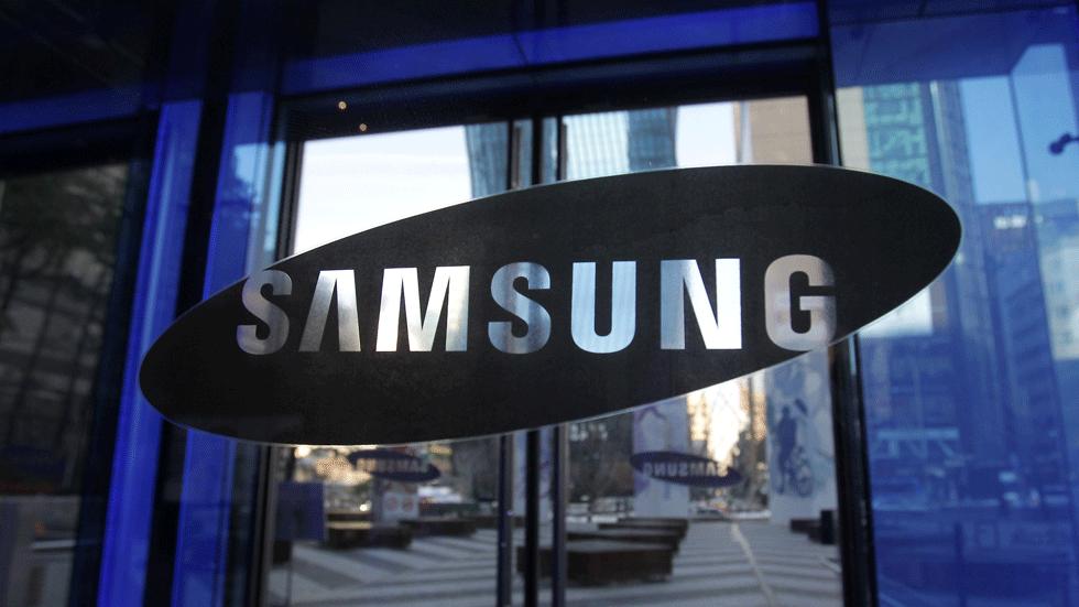 Samsung не замедляет старые смартфоны