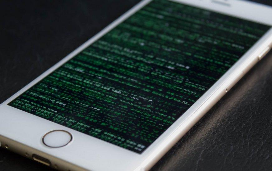 Apple предупредила омасштабной хакерской атаке напользователей iPhone