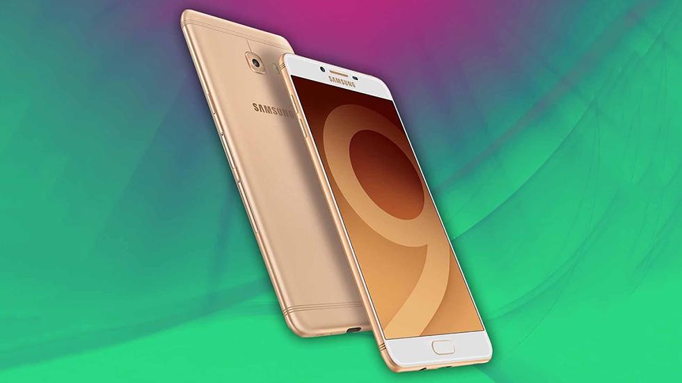 Доступный, номощный Samsung Galaxy C10 Plus засветился винтернете
