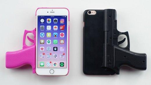Полицейские изСША выстрелили вафроамериканца 20раз из-за iPhone вруке— они думали, что это пистолет