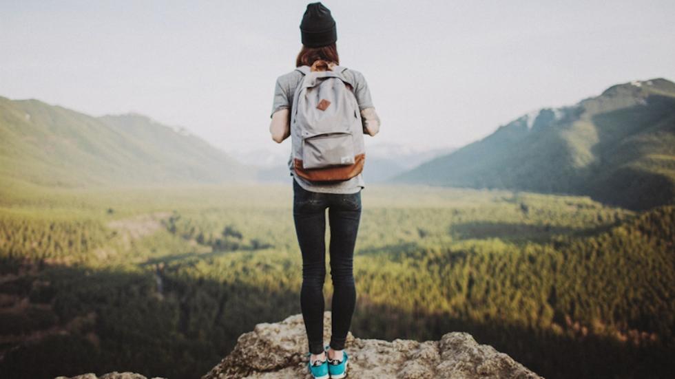 AliExpress распродает рюкзаки: 9 интересных решений с большими скидками