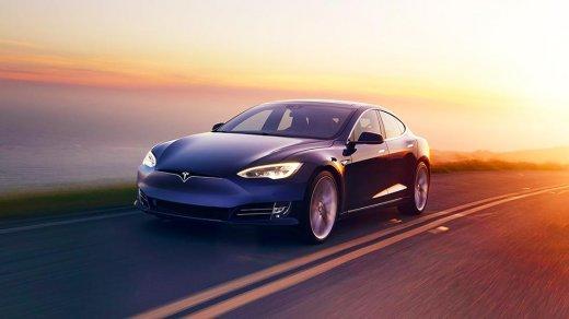 Apple купит компанию Tesla в2019 году