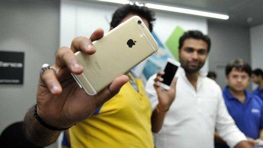 Apple начнет собирать еще больше iPhone вИндии— отэтого будут одни плюсы