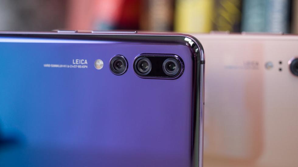 Huawei раздает ценные подарки запокупку смартфонов вРоссии