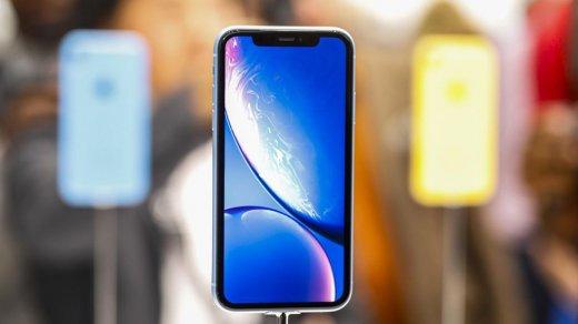 Официально: Тим Кук подтвердил спад продаж iPhone XSиiPhone XR