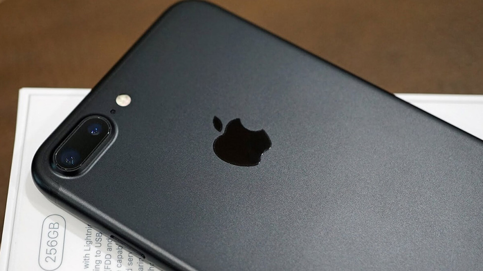 Приятно: «Связной» снизил цены наiPhone 6sиiPhone 7