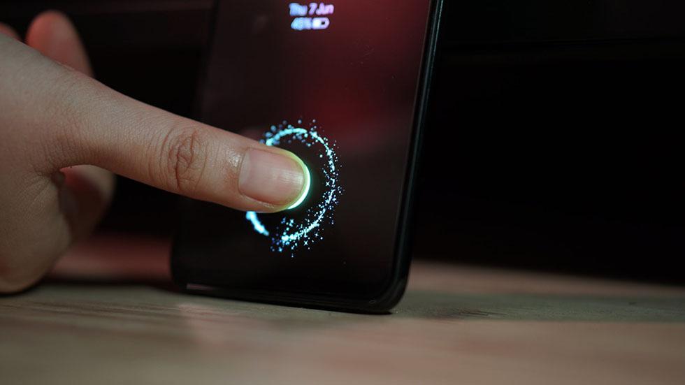 Apple придумала инновационный Touch ID на весь дисплей iPhone