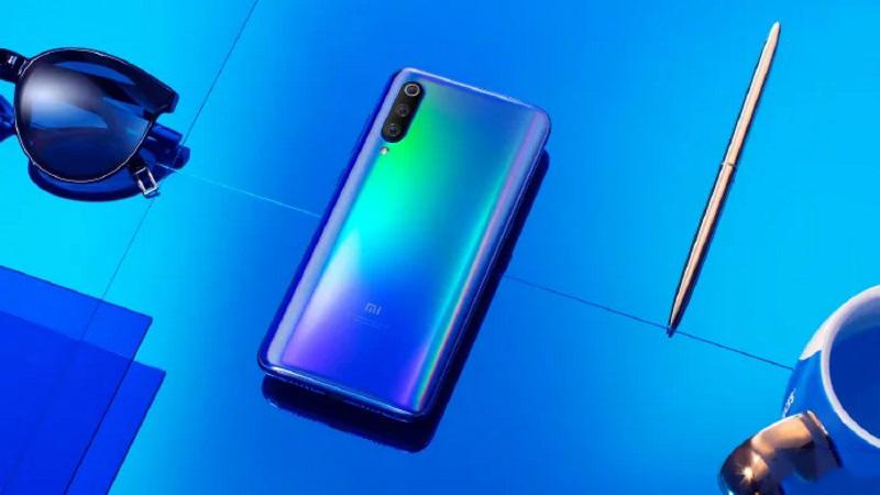 Xiaomi Mi9полностью рассекречен: официальные фото