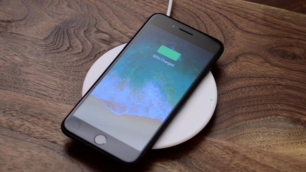 iPhone 8упал вцене ниже психологической отметки
