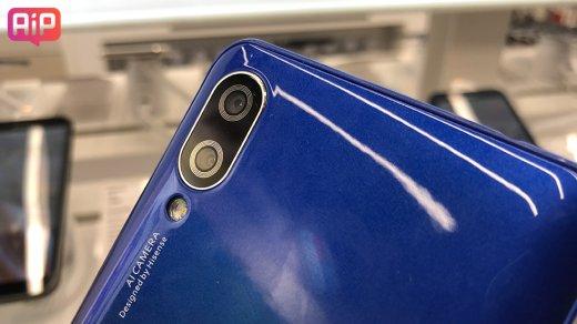 Бюджетный смартфон с двойной камерой Hisense EMax: обзор, характеристики, цена, где купить