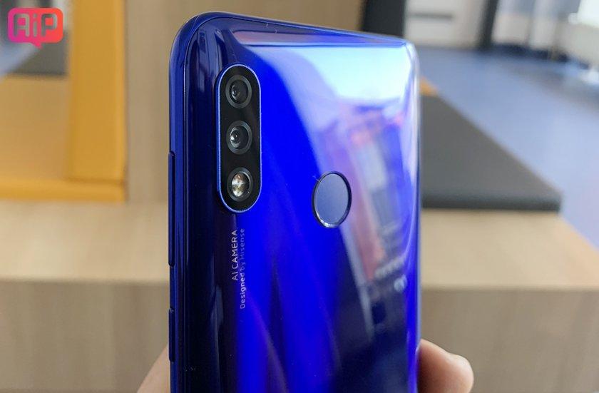 Обзор смартфона Hisense H30 (16)