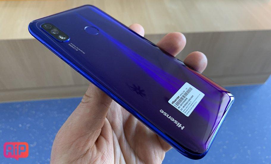 Обзор смартфона Hisense H30